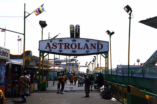 wallyg-astroland.jpg